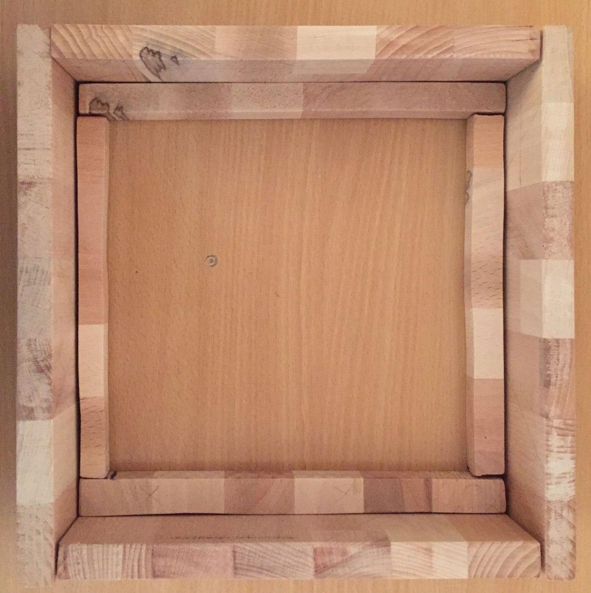 wooden_frame.jpg